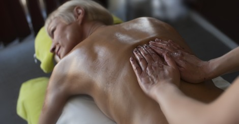Honey massage in Estonian Spas