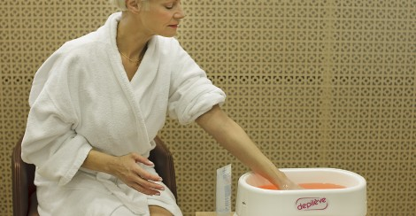 Paraffin treatment for hands and feet in Estonian Spas